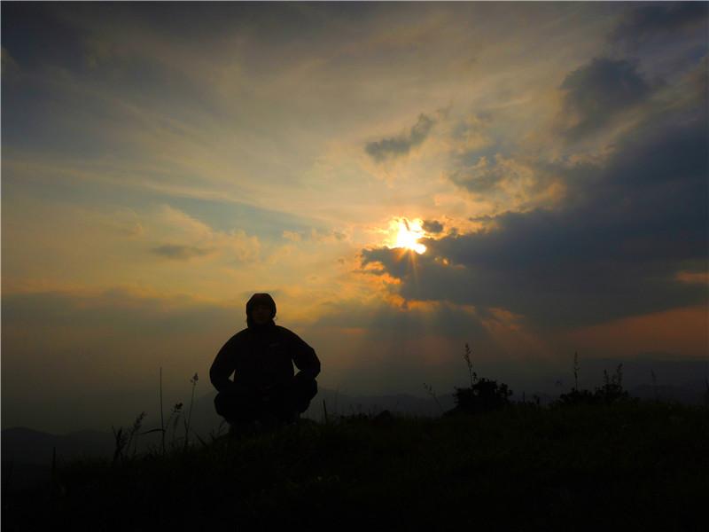 第二天又快结束了,享受一天中最后的阳光