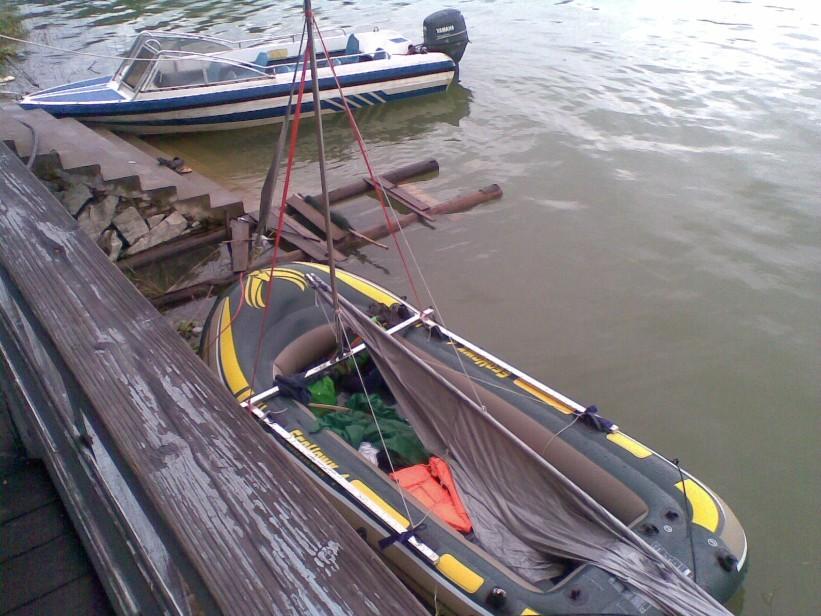 野人部落橡皮艇帆船