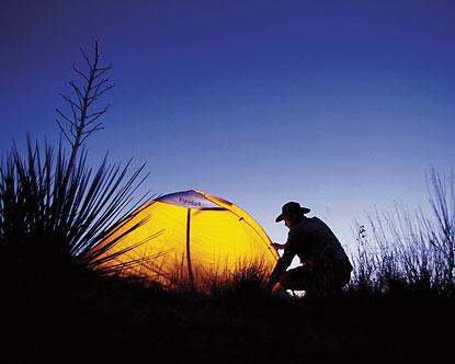 野外露营搭建帐篷的技巧