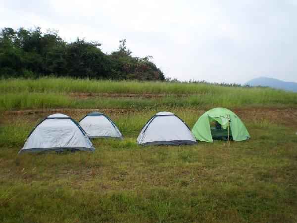 模仿古代军队搭建营地