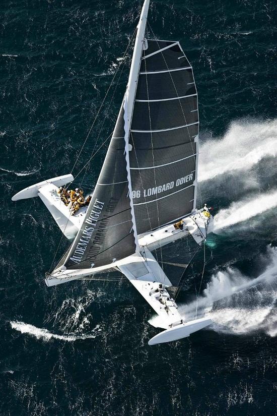 世界上最快的帆船——水翼号(l'Hydroptère)