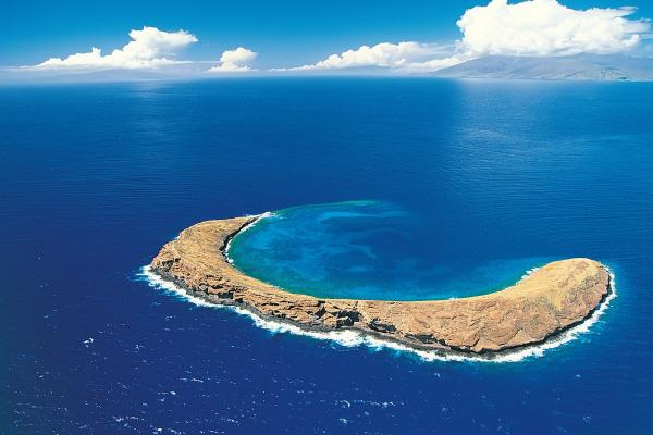 Molokini-Crater-Hawaii-United-States