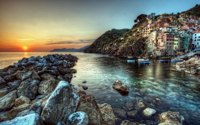 World_Italy_Riomaggiore
