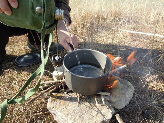 野外求生烧水