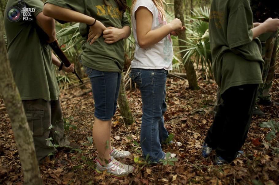 真枪实弹:美国儿童荒野生存训练实录 - 沉 默的麻雀 - 沉默的麻雀的博客
