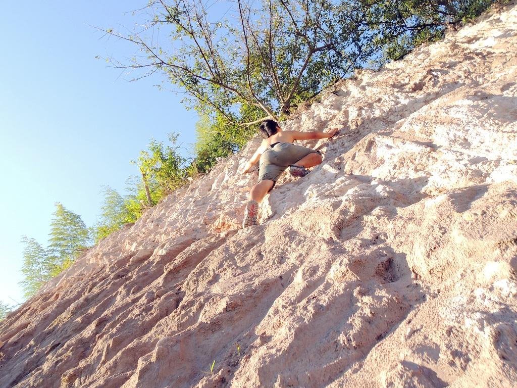 野蛮人攀岩