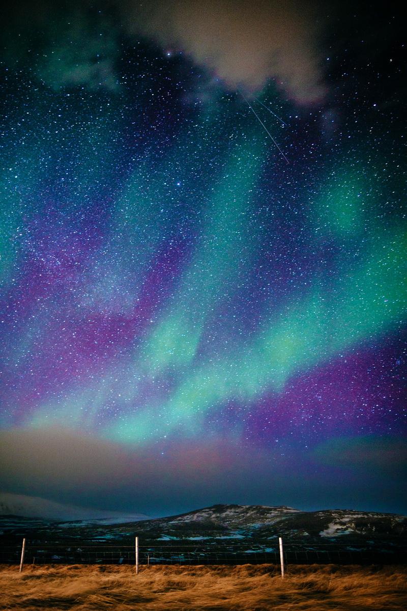 欣赏北极光