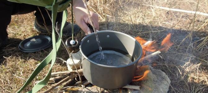 野外求生如何清洁锅碗上的油污