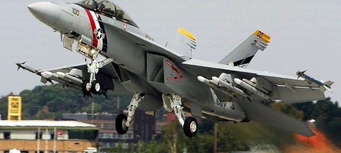 F1赛车竞速F18大黄蜂战斗机