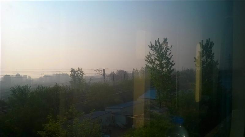 火车外沿途风景
