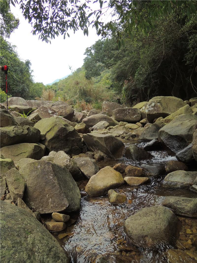 磨溪溪水潺潺
