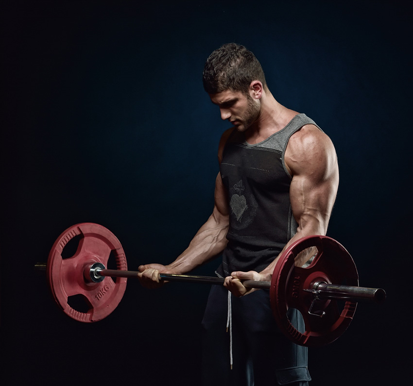 杠铃弯举 肱二头肌训练