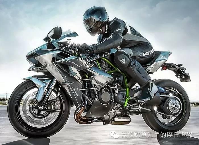 什么更危险?大排量摩托车还是你自己
