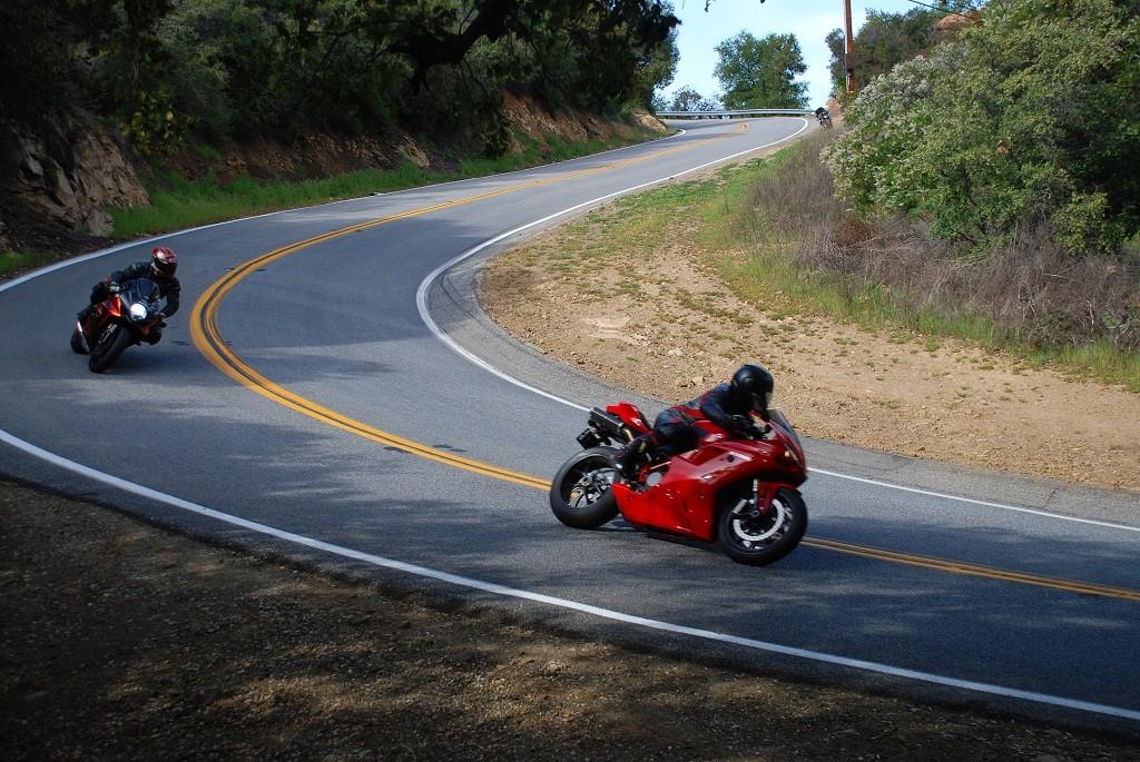 摩托车上高速