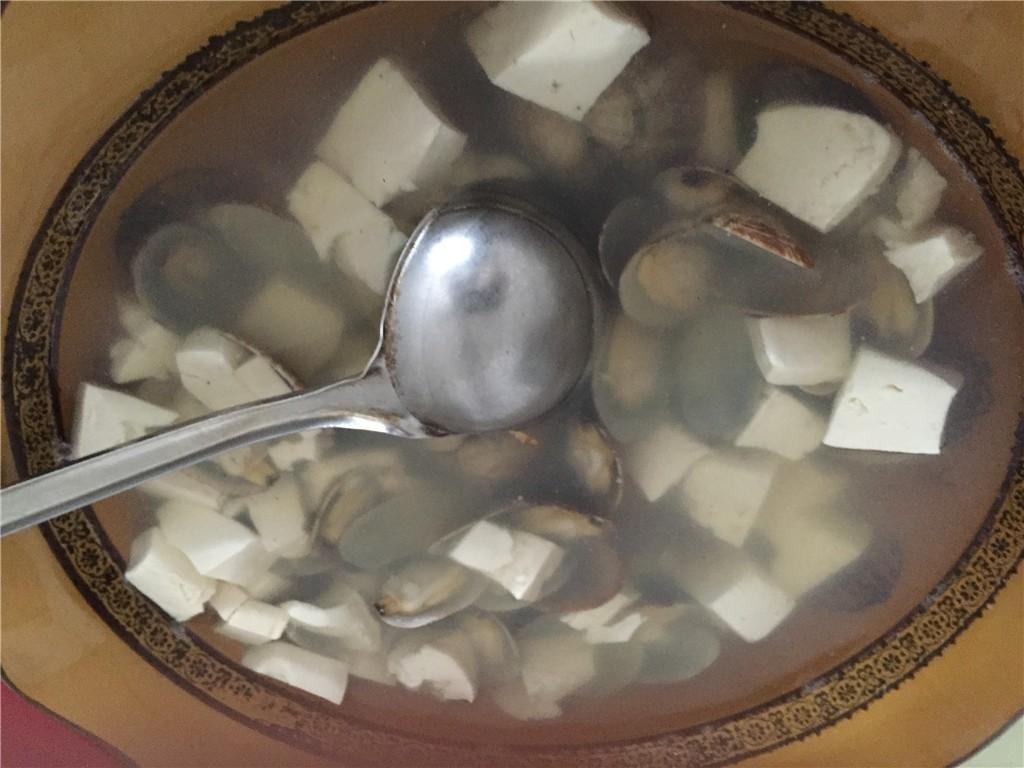 摩旅 花蛤豆腐汤