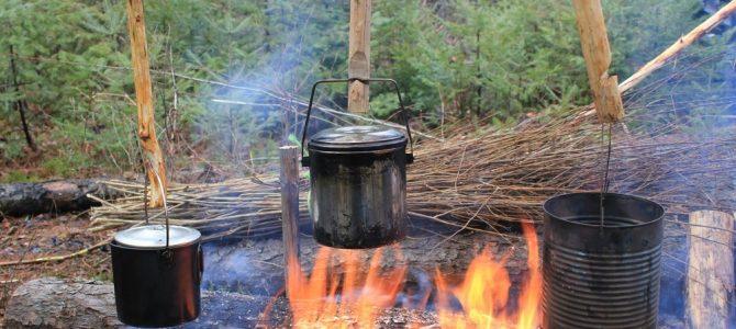 野外求生锅底烧黑清洗技巧