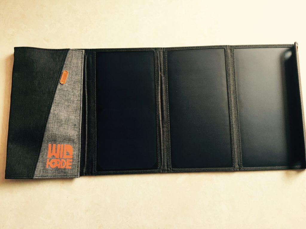 野人部落太阳能充电板