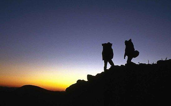 徒步穿越探险指南
