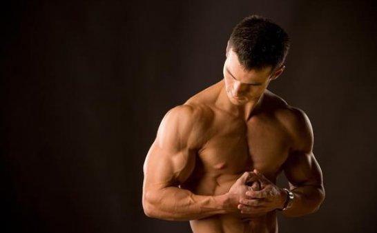 肌肉男的增肌饮食秘诀
