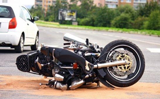 摩托车事故锦集1 太惨烈了